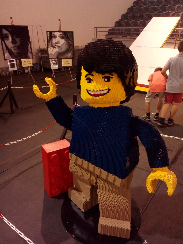 Lego 11